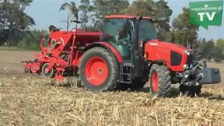 Ciągniki rolnicze Kubota w akcji. Pokaz maszyn na polu.