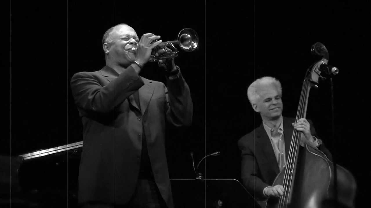 video: Stripling plays trumpet