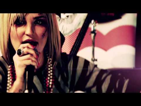 Pixie Bennett - Edge of the Line (Official Music Video)