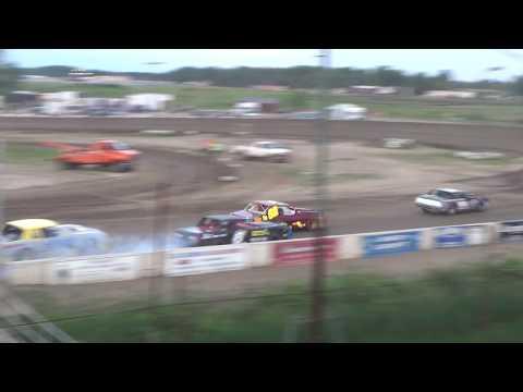 Street Stock Heat Race #2 at Mt. Pleasant Speedway on 06-15-18.