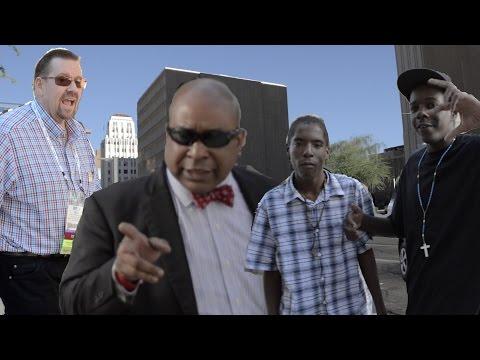 "Arizona ""court marshal"" assaults cameramen"