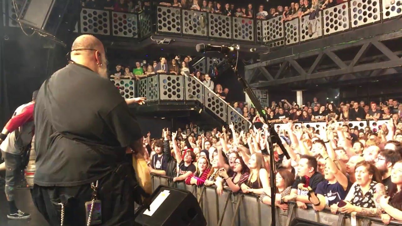 Bowling for Soup + Lacey - '1985' - Live in Bristol 2016 ...