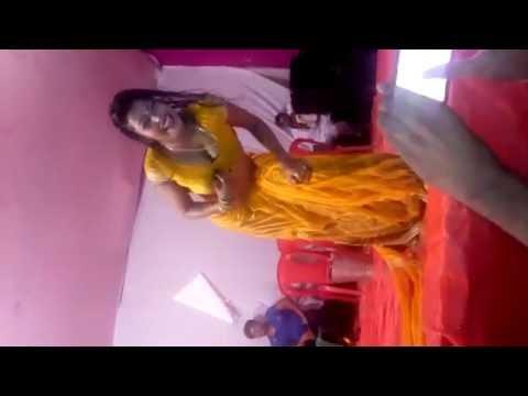Bhig Jane de bhigi raat me dance in Bihar arkestra