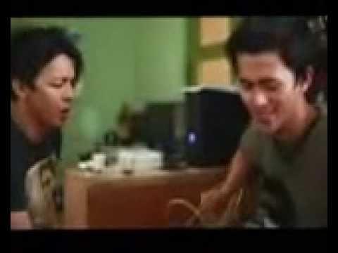 Ariel NOAH Feat. Budi DoReMi - Sahabat (Acoustic New Version)