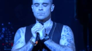 Robbie Williams - We Will Rock You / I Love Rock 'n' Roll / No Regrets - Live in Paris, 31.03.2015