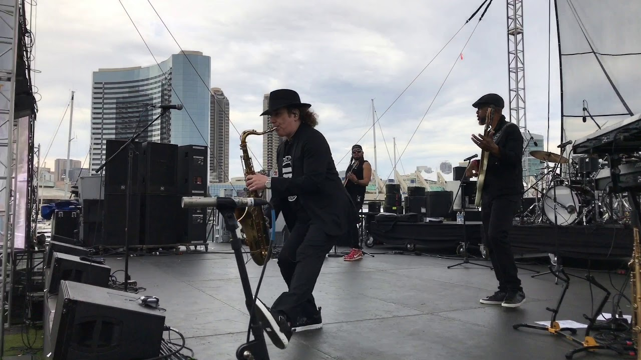 Boney James @ San Diego Smooth Jazz Fest 2019 (Smooth Jazz Family)
