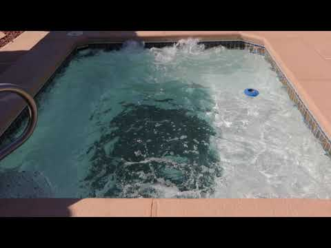 (ASMR) Bubbeling air in the jacuzzi.