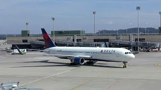 Delta Boeing 767 and Swiss Airbus A340 arriving at Terminal B Zurich Airport