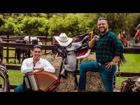 El Frijolito - Rafael Santos Díaz & Julián Mojica