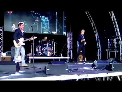 """Mr Clean:  Sounds of the Jam """"Down in the Tubestation at Midnight"""" Music Mania 2017"""