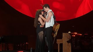 Download SHAWN MENDES KISSES CAMILA CABELLO - SENORITA LIVE TORONTO HOMETOWN STADIUM SHOW Mp3 and Videos