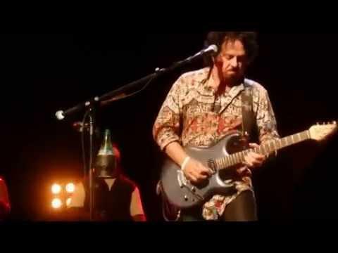 Toto with Michael McDonald I'll Be Over You 9/7/2014 Newport News, VA