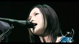 YUI Feel My Soul Live 2006