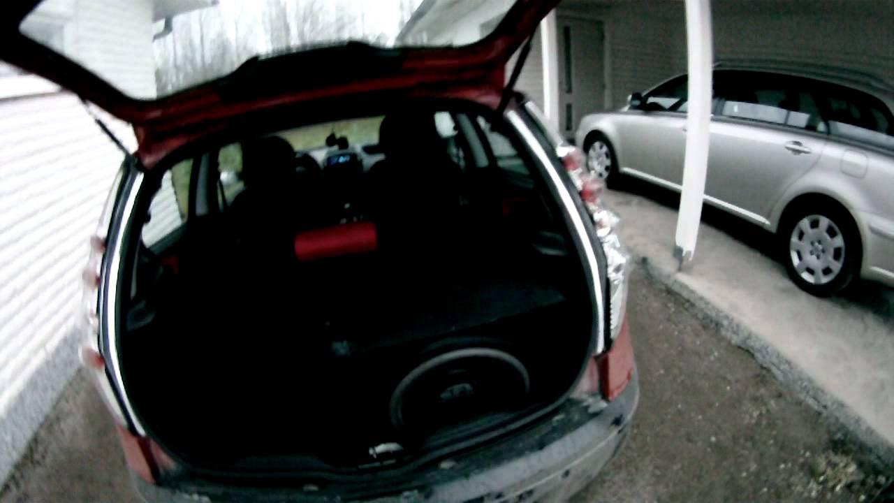 bass test 15 subwoofer 1500w amplifier fiat punto mk2 188. Black Bedroom Furniture Sets. Home Design Ideas