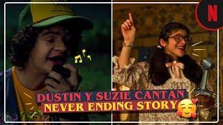 Dustin y Suzie cantan