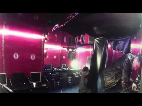 Полицейские устроили погром в зале игровых автоматов
