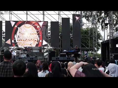 Fariz RM - Sakura (LIVE At The 90s Festival)