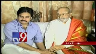 Pawan Kalyan meets K.Vishwanath, congratulates him on Dadasaheb Phalke Award - TV9
