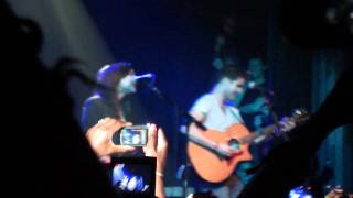 "Gambar cover Naya Rivera featuring Darren Criss - ""Valerie"" (Irving Plaza, NY, 6-15-11)"
