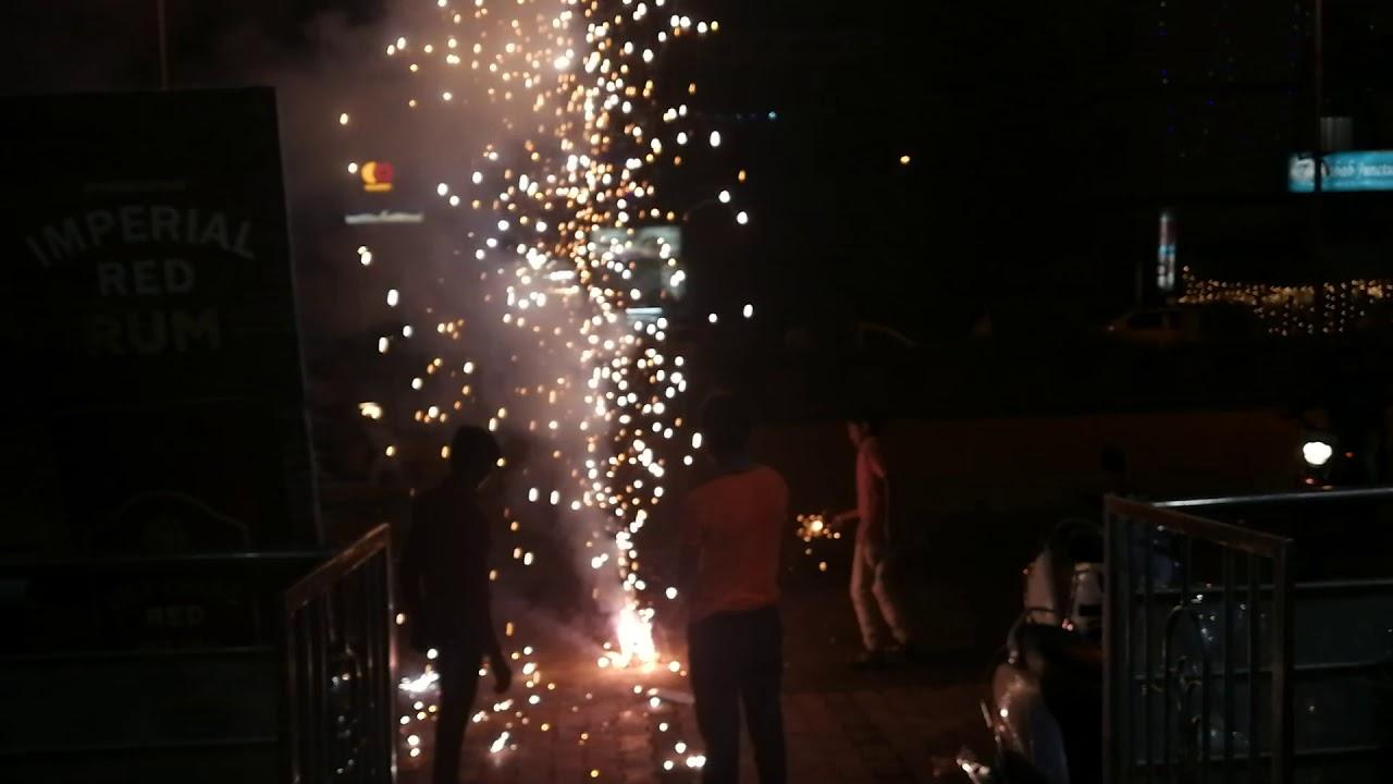 オウランガバード(Aurangabad)でのDewali花火の様子