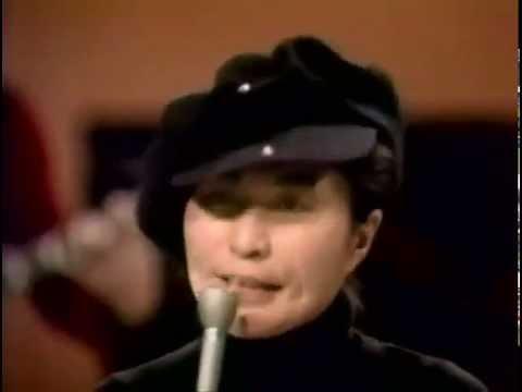 Yoko Ono w. Plastic Ono Band and Elephant