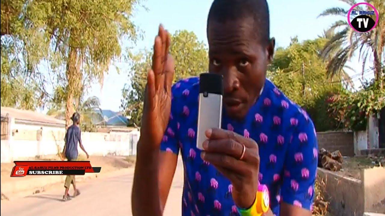 Download Dan Ibro Ashe Haka Yan Film     Suke Samun Kudi (Musha Dariya) Nigerian Hausa Comedy