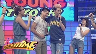 Video It's Showtime: Vice and Vin's 'kilig' moments on It's Showtime download MP3, 3GP, MP4, WEBM, AVI, FLV Juni 2017