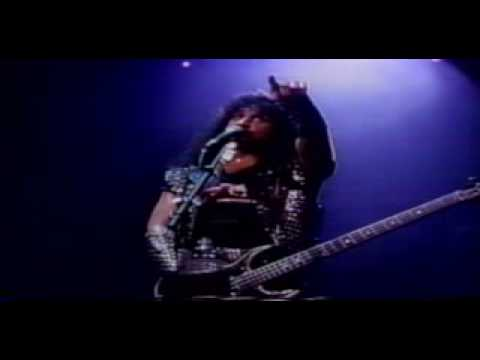 Kiss - Domino (Alive III)