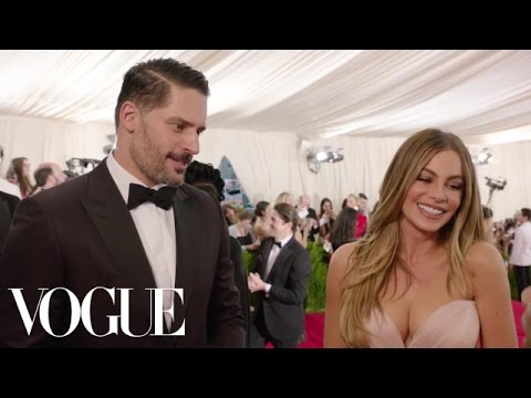 Sofia Vergara and Joe Manganiello at the Met Gala 2015  | China: Through the Looking Glass