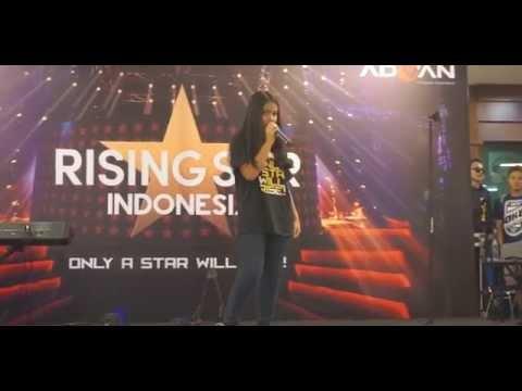 Hanin - Bintang Kehidupan @ITC Kuningan 14 Desember 2014