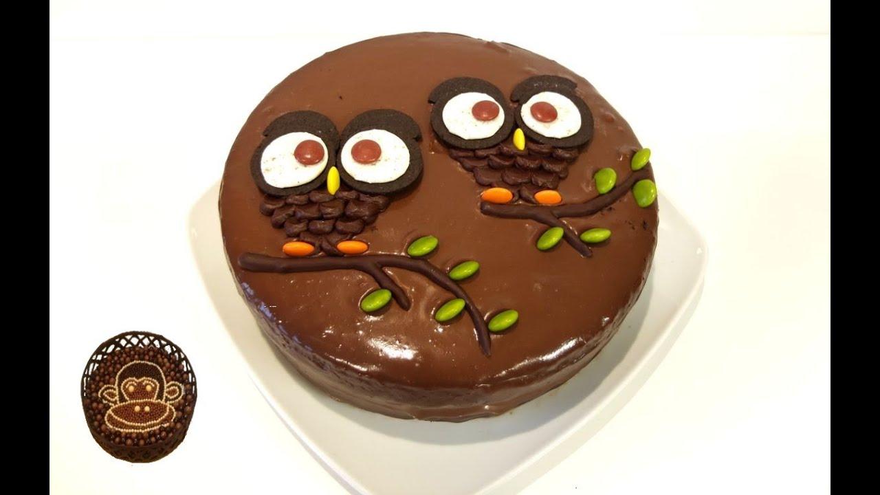 Tarta de chocolate decorada con bhos Receta paso a paso
