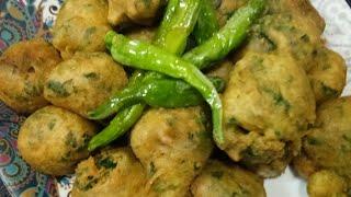 Special Gujrati methi gota recipe in hindi    ( मेथी गोटा)