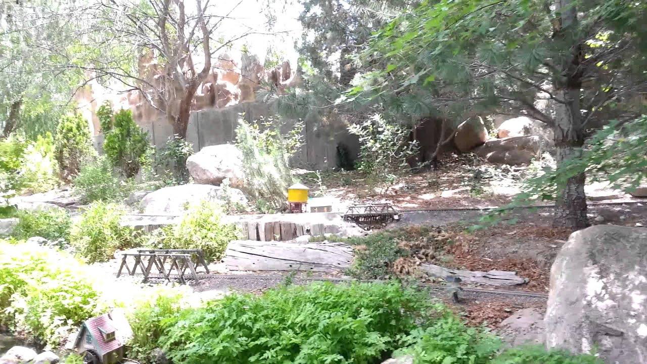 Trains At The Albuquerque Botanical Gardens Youtube