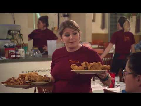 Catfish Kitchen | Tennessee Crossroads | Episode 3135.1