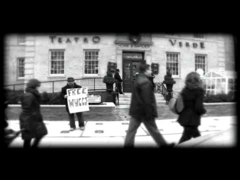 Free Hugs in Toronto Canada - Allelulia - micheal CASTALDO - Italian Version