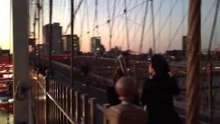 Video New York City pour Elia download MP3, 3GP, MP4, WEBM, AVI, FLV Januari 2018