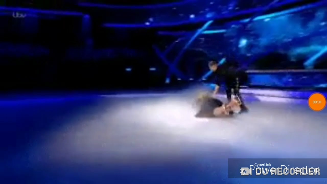 Download Gemma Collins falls on Dancing on Ice