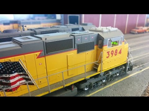 HO Scale Railfanning: the MASSIVE E.J.C.M. Club Layout!