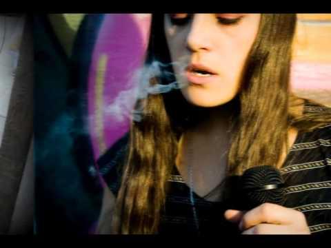 Download Sara Hebe - Tuve que quemar