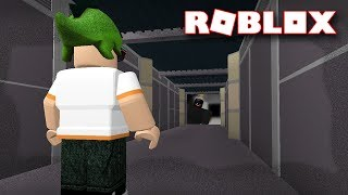 CREEPY PUZZLE HALLWAY GAME IN ROBLOX!