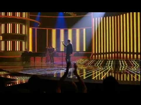 Michael Buble - Cry Me A River - X Factor Live Show