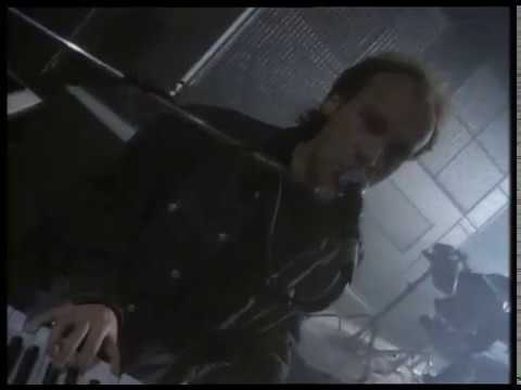 Mike + The Mechanics - Nobody's Perfect (Official Video)