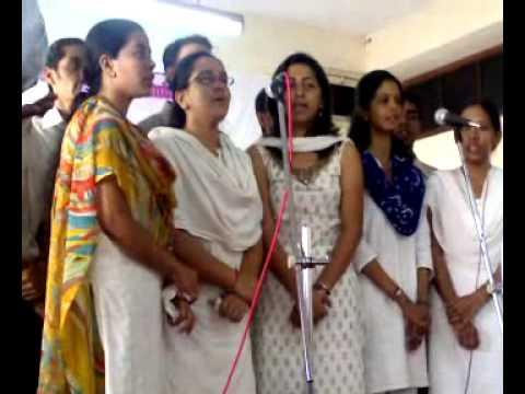 Group Song of Mumbai University (Vishwavidyalaya Geet) By Student of Deptt. of Music