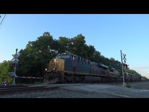 Fast CSX Mixed Freight With A Yard Slug, 2 GE's and 3 EMD's - Madison, Ohio