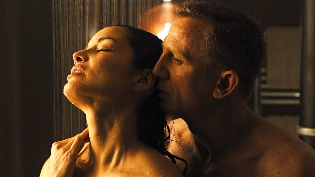 Inappropriate Moments in James Bond Movies #1