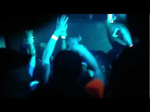 Krewella - Chain Hang Low (Crizzly & AFK...