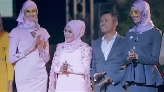 Baju Raya Muslimah Moden 2017 Dari Scarffeya Mp3