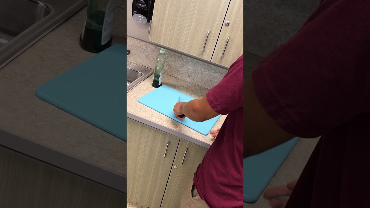 How To Properly Put A Wet Towel Under Your Board Youtube