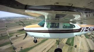 Cessna 210N touch and go