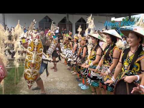 VIDEO Penyambutan Tamu Khas Suku Dayak Kenyah